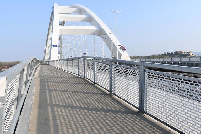 Ograda-Žeželjev most