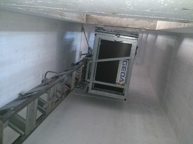 Projekat Stari mlin, Beograd, Srbija - oprema: GEDA 300 Z/ZP, visina dizanja - 40 m, brzina dizanja - 12 m/min, kapacitet - 300 kg