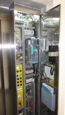 Komanda električnog lifta