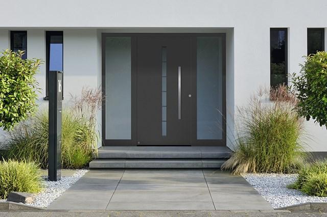 Aluminijumska kućna vrata - Aluminijumska kućna vrata ThermoSafe / ThermoCarbon elegantnog izgleda i visoke toplotne izolacije.