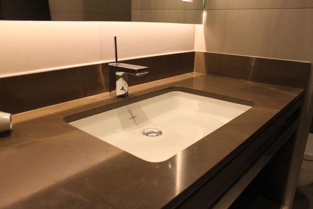 Kupatilska radna ploča od kvarca