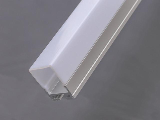 LT115 nadgradni aluminijumski profil