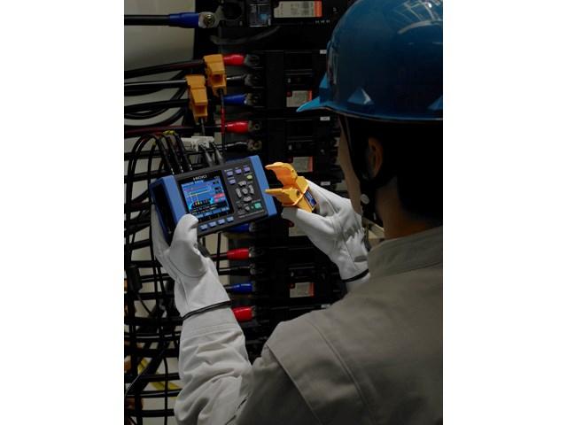 Elektroenergetski loger sa kleštima model PW3365-20 - instrument prvi u svetu sa mogućnošću merenja elektroenergetskih parametara bezbedno i precizno bez potrebe za operatera da vrši kontakt sa metalnim provodnikom.