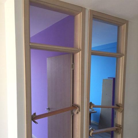 Urađena kompletna vrata sa štokom i svetlarnikom i presvučena 3D PVC folijom, dezen -JASEN
