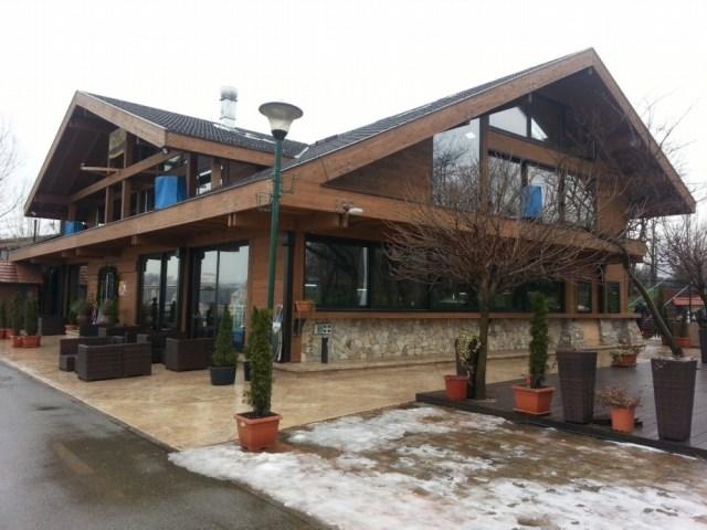 Drvena montažna konstrukcija restorana Sunset - Beograd, Ada Ciganlija