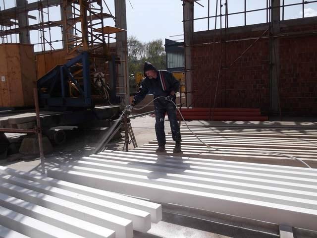 Aplikacija premaza Firestop wood na gradilištu
