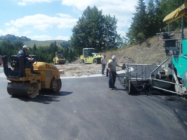 Izgradnja raskrsnice kružnog toka državnih puteva II reda br. 194 i 228, u blizini naselja Jasenovo