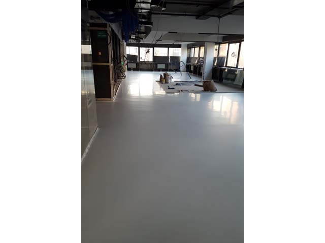 Makenzijeva, IT office - tehnike: Sika Comfort floor