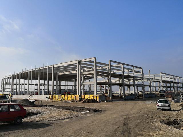Skladišni objekat - investitor: LOGMAXX BETA D.O.O. NOVI BANOVCI - AB konstrukcija, 15.746m², Novi Banovci, Srbija, 2017.