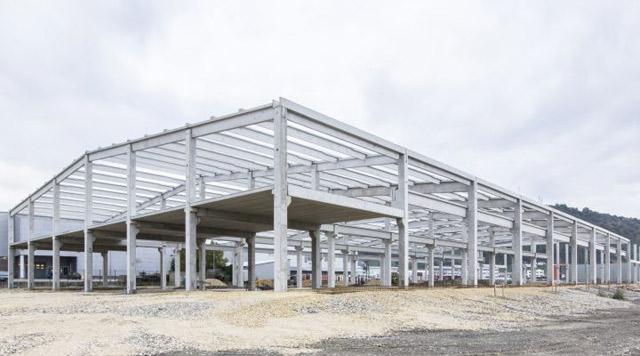 Poslovno-proizvodni objekat - investitor: INDEX GRAČANICA -Projektovanje i AB konstrukcija, 7.945m², Gračanica, 2015.