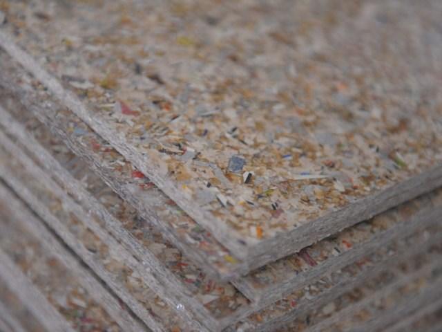 Ploče od presovanih delića recikliranog tetrapaka