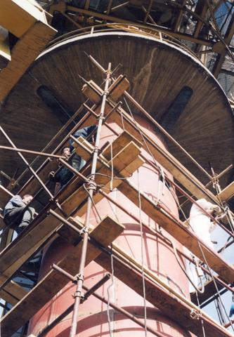 Termoelektrana Nikola Tesla - Sanacija oštećenja aksijalnog ležaja na vrhu polarnog stuba koji omogućava rotaciju celog bagera radi snabdevanja postrojenja potrebnim količinama uglja