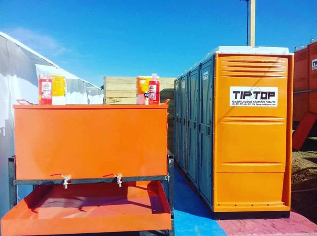 Tip-Top WC kabine