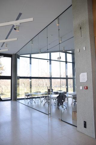 Staklene pregrade - Muzej savremene umetnosti