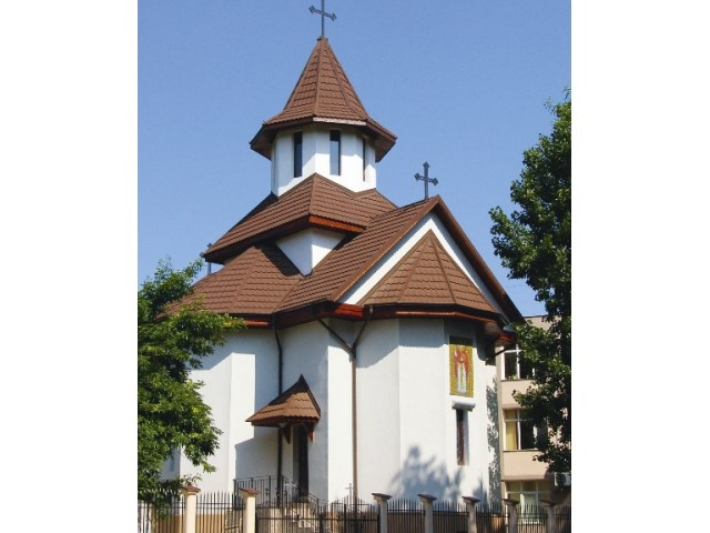 Kontinental Chestnut – Crkva, Slovenija