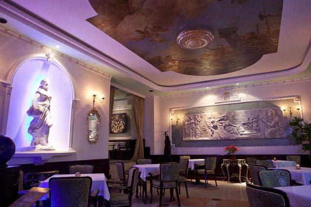 Tekstilne podne obloge Halbmond-Nemačka, custom design - Design hotel Queen Astoria, Beograd, 2010/2011.