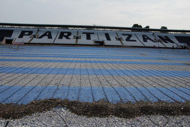 Grejanje terena - montaža - stadion Partizana