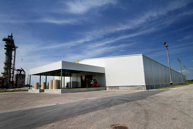 "Skladišna hala ""Kartonval"" Drenovac, 6886m² - Izvedeni radovi: čelična kontrukcija, fasada, krovni pokrivač"