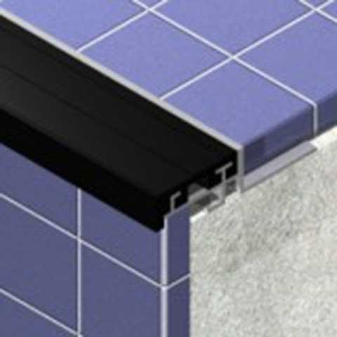 Stepenišni profil od aluminijuma sa gumom