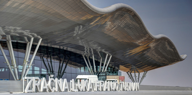"Aerodrom Zagreb - ""Franjo Tuđman"" Hrvatska, 2017; Arhitekte: Branko Kincl, Velimir Neidhardt, Jure Radić; Klijent: KFK i ZM; Sistemi: Feal profili"