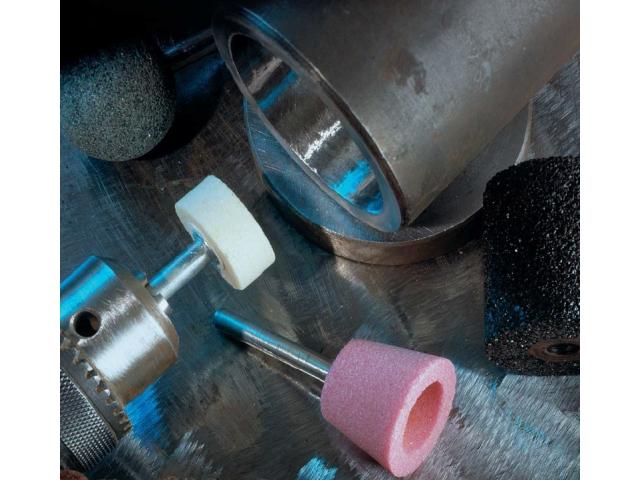 Brušenje tocilima sa metalnom drškom i brusnim čepovima