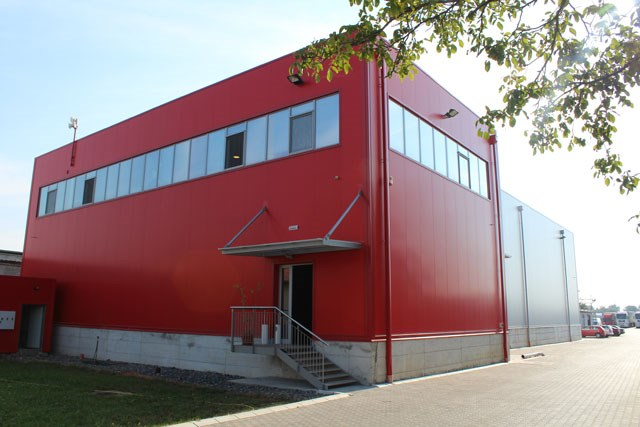 Teoma transport - Trimoterm fasadni paneli