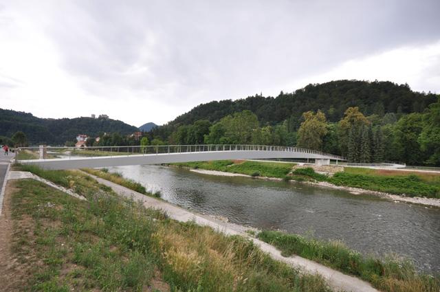 Pešački most preko reke Savinje - Celje, Slovenija