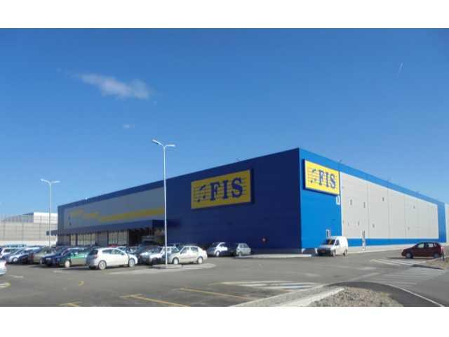 """TC """"FIS"""", Bihać - Površina na kojoj se prostire tržni centar je 14000m2"""
