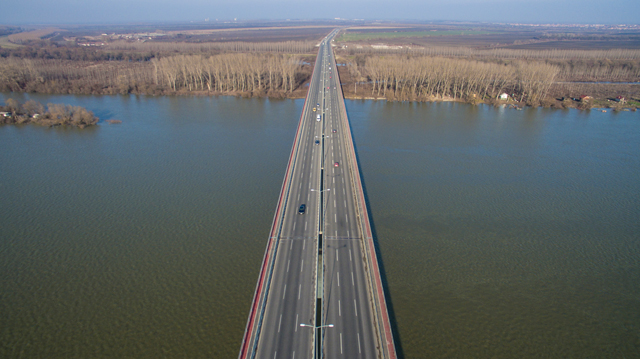 Most Zemun-Borča, Beograd