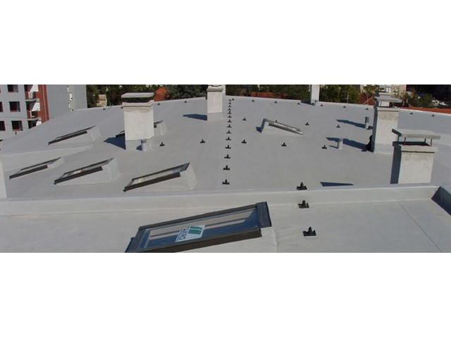 Stambeni objekat - Beograd - Bačvasti krov sa podaščanom osnovom. Hidroizolacija PROTAN.