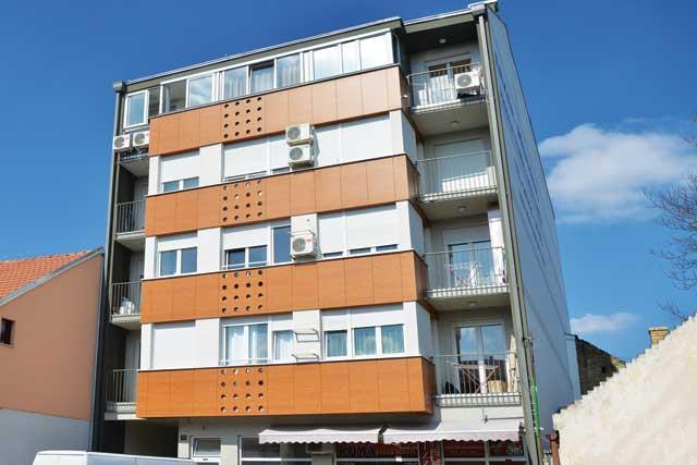 Pap Pavla 22, Novi Sad - završetak radova 2011 - 2000m² - arhitekta: Lazar Kuzmanov