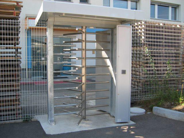 Automatska rotirajuća vrata