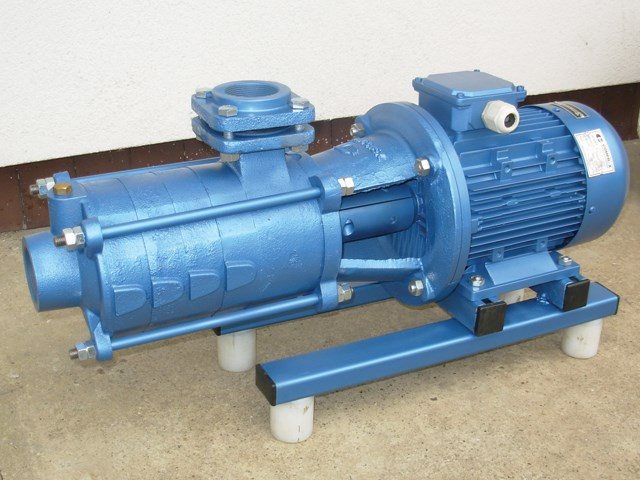 Horizontalna višestepena pumpa