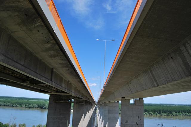 Most kod Beške