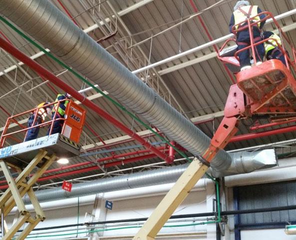 Elektroenergetske instalacije LED rasvete proizvodnog pogona kompanije Tetra Pak