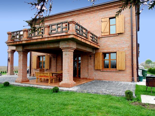 Tradicionalno, rustično i arhitektonski autentično uz opeku ciglane Todorović