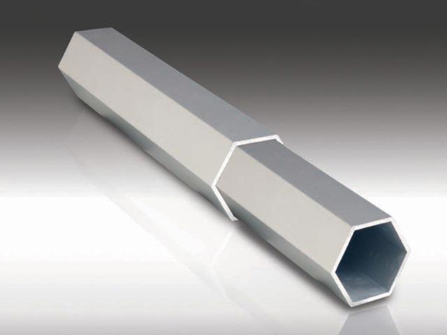 Šestougaona PVC cev