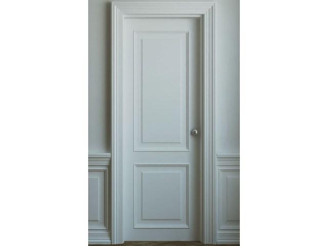 Ekskluzivna bela vrata od kombinacije punog drveta i medijapana