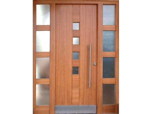 Ulazna vrata u kombinaciji drvo-staklo